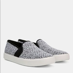 Vince. Blair 5 Slip On sneakers size 11